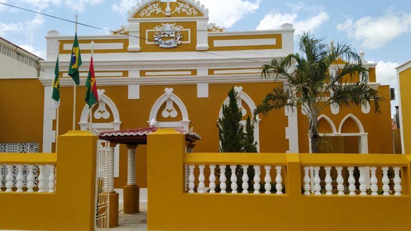 Prefeitura de Caraúbas quita salários e decreta ponto facultativo nessa quinta, 1º de abril
