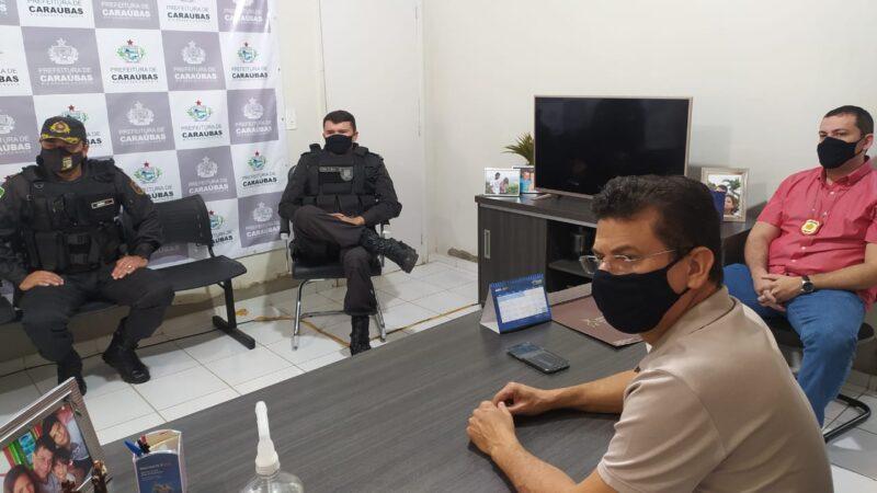Prefeito Juninho Alves e representantes da segurança pública definem ações que serão executadas no Lockdown em Caraúbas