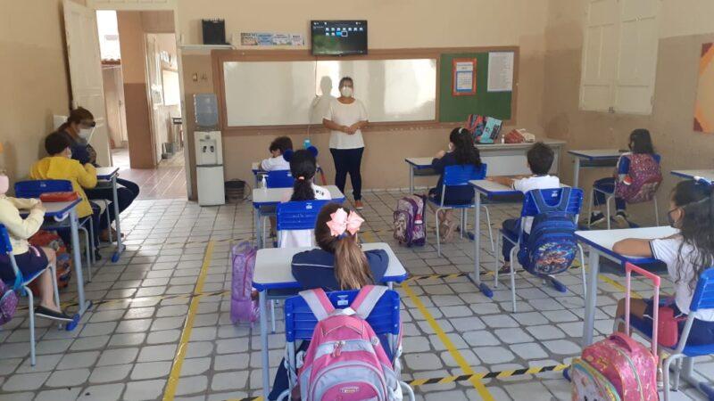 Rede Estadual de Educação inicia retomada das aulas presenciais