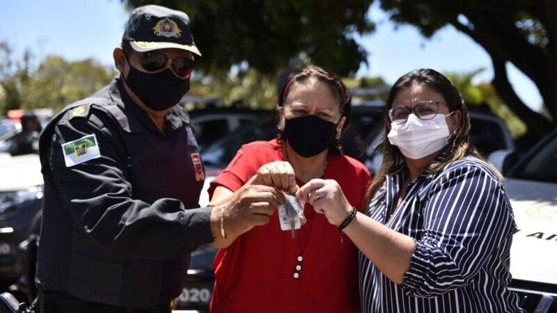 Governadora do RN entrega 34 veículos a forças de segurança e anuncia novo concurso público para a Polícia Militar