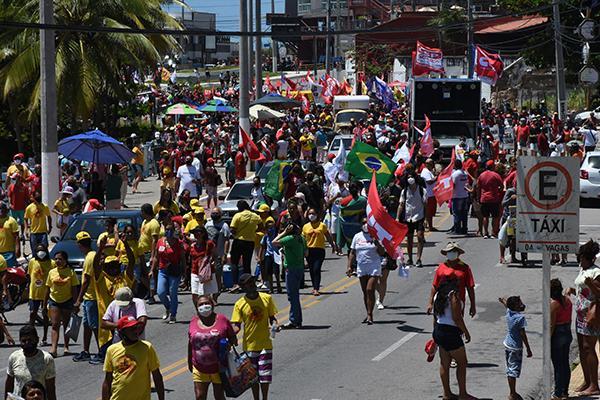 Protestos contra e a favor do atual governo, marcam o Dia da Independência no RN