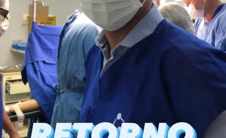 Tudo pelo palanque: Allyson faz postagem até de dentro de centro cirúrgico